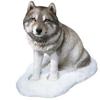 1add5-snow-wolf-figurine-sandicast-os301