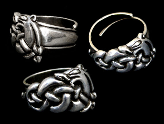 ad25 urnes dragon ring