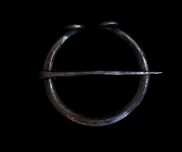 iron_penannular_60mm